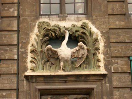 Bas-relief de la maison du Cygne (Grand-Place de Bruxelles)